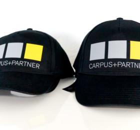 Bedruckte Baseball-Caps mit Firmenlogo