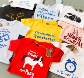 Bedruckte Kindershirts, Babybodies und Lätzchen
