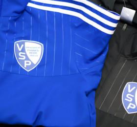 Bedruckte Trainingsanzüge für Fußballverein