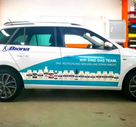 Digitaldruckfolien auf Firmenfahrzeug