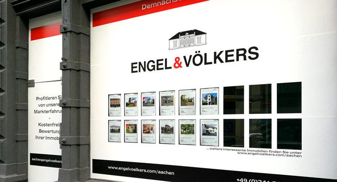 Fensterbeschriftung für Neueröffnung